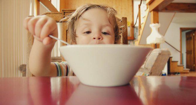 Essen ist für Kinder und deren Entwicklung wichtig
